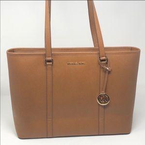 Nwt Michael Kors Sady laptop bag luggage